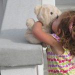 Ребенок ворует: причины