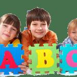 ТОП-7 игрушек, которые научат ребенка считать и писать