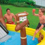ТОП-7 игрушек для отдыха на воде