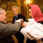 Как правильно выбрать крестных для ребенка