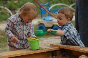Советы, как правильно выбрать детские площадки