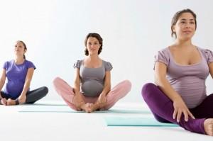 Легкая беременность: как йога помогает будущим мамам