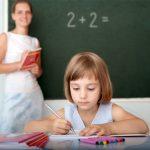 5 вещей, о которых нужно поговорить с первым учителем ребенка