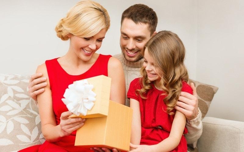 Как сделать подарок всей семье своими руками
