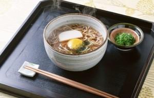 Азиатский суп с курицей и лапшой