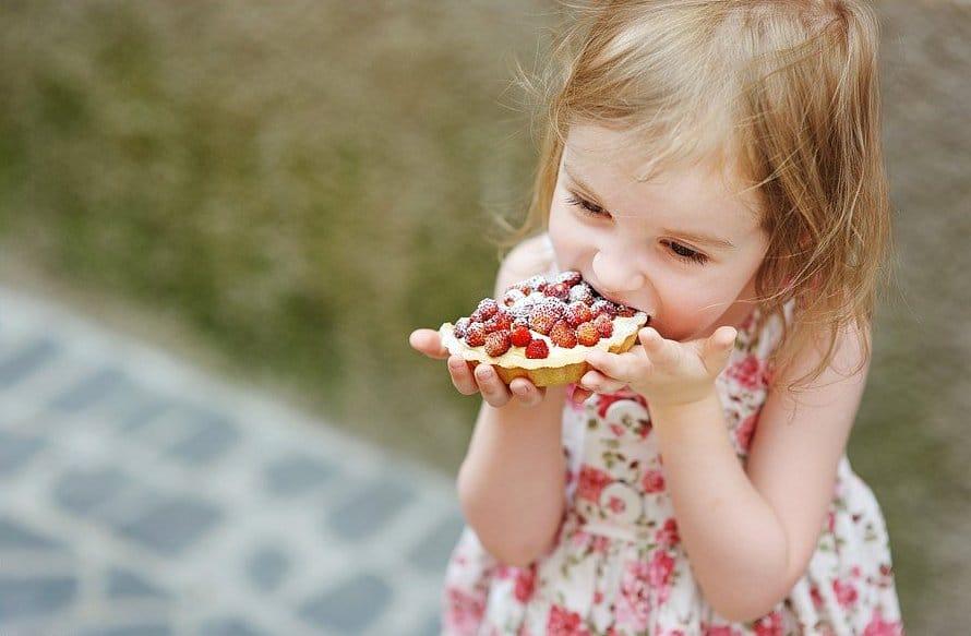 Список самых вредных продуктов для ребенка