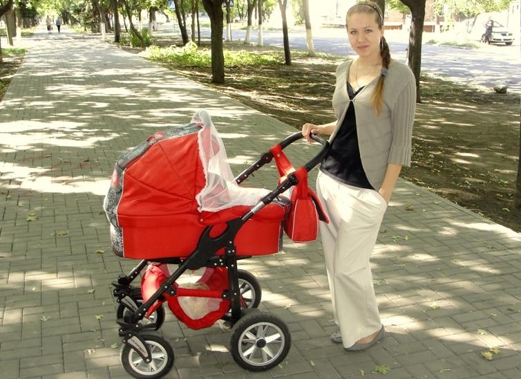 смотреть онлайн малыш на прогулке: