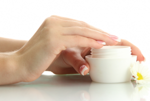 Рецепт домашнего крема для сухой кожи рук