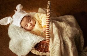 Какая одежда нужна новорожденному ребенку: список вещей