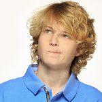 Подростковый гороскоп для Близнецов: особенности характера мальчиков и девочек
