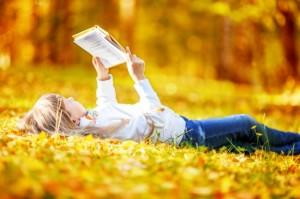 осень, ребенок, девочка, книга, читать