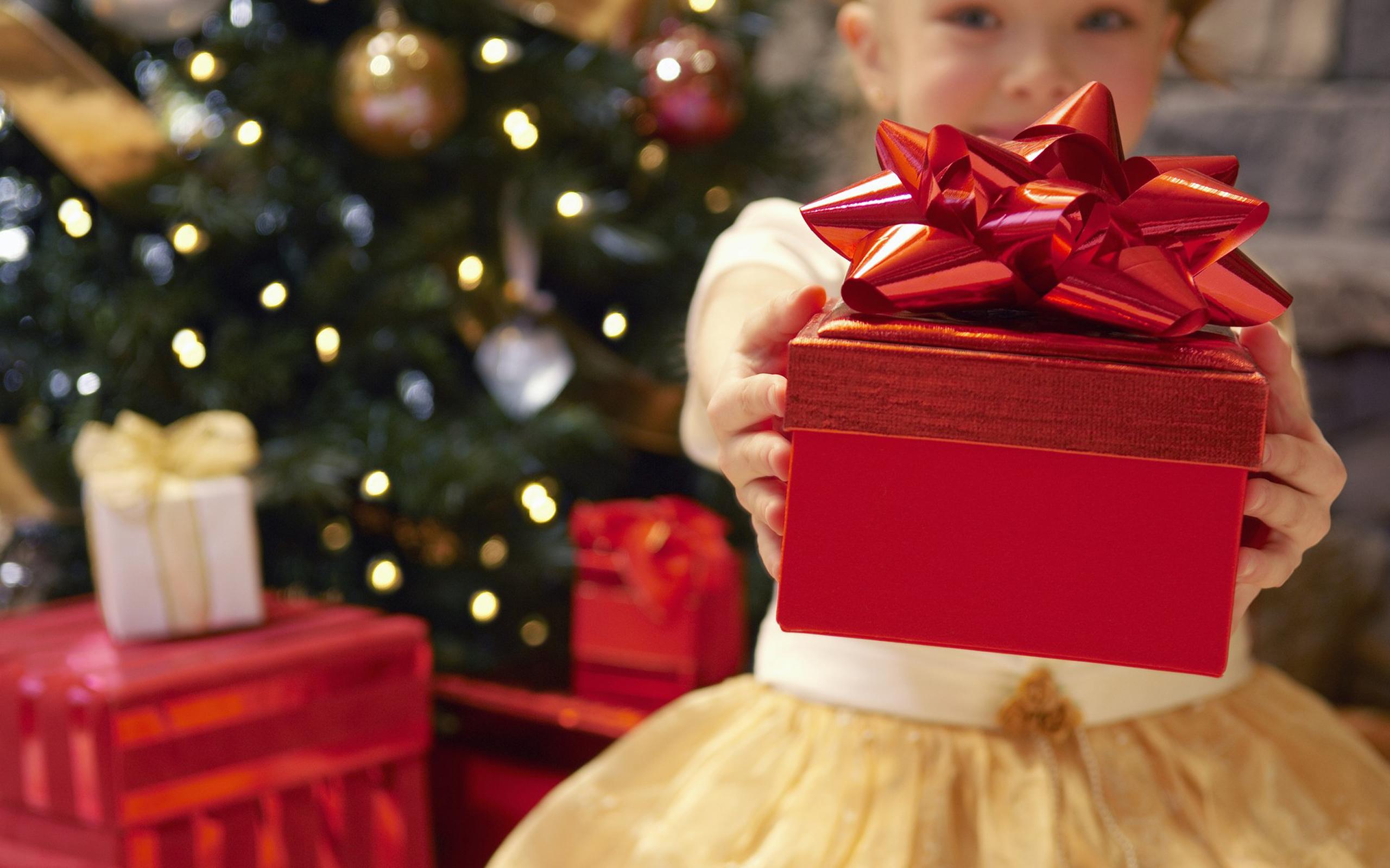 Новогодний подарок перевод