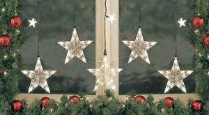 ФОТО: идеи, как украсить окна к Новому году