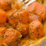 Тушений гарбуз у томаті