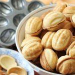 Рецепт десерта: орешки со сгущенкой