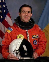 леонід каденюк, космос