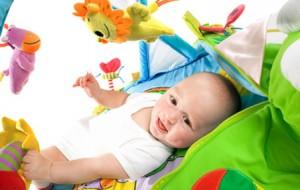 Игрушки, необходимые ребенку до года