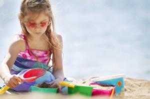 Как защитить кожу ребенка от солнечных лучей