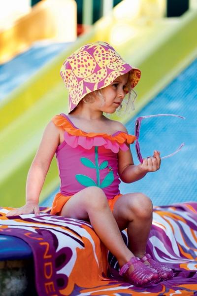 Фото: детская пляжная мода 2012