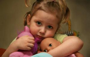 Как научить ребенка делиться