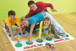 ТОП-6 детских игр, которые порадуют родителей