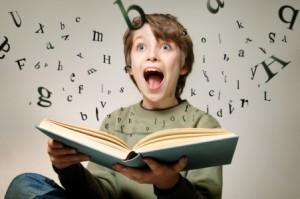 На личном опыте: когда учить ребенка читать