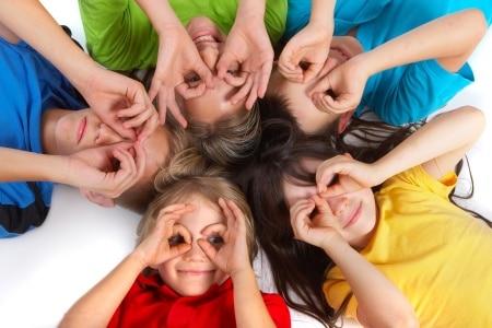 Влияние цвета одежды ребенка на его поведение