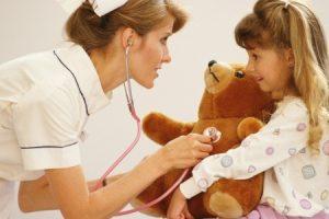 Детский гинеколог: когда и зачем посещать