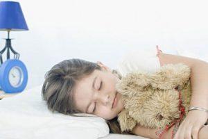 Советы родителям: если ребенок отказывается спать днем