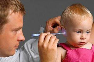 Что делать, если у ребенка в носу или ухе застрял предмет