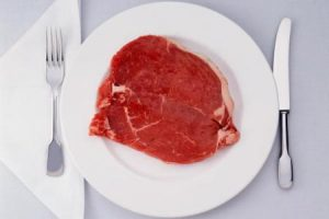 Сырое мясо и мясо с кровью во время беременности