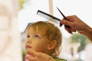 Как подстричь волосы ребенку