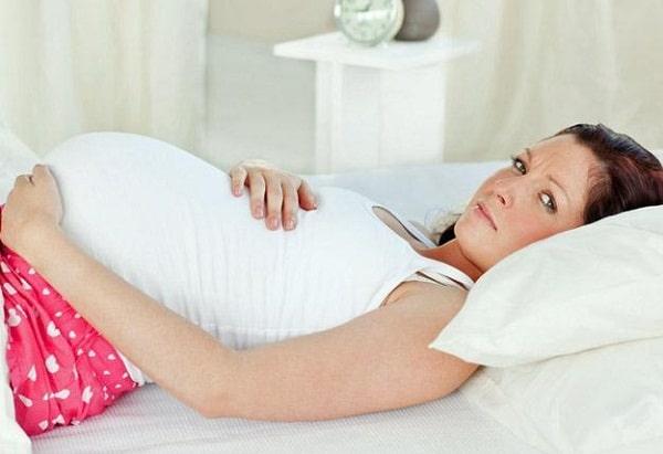 Как бороться с бессонницей во время беременности