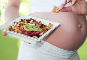 Какие продукты особенно полезны для беременных