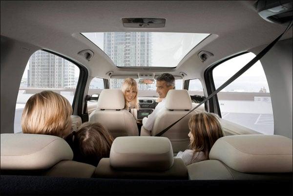 автомобиль для семьи с ребенком