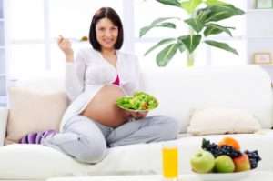 5 простых салатов для беременных