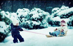 Чем занять ребенка до 2 лет зимой
