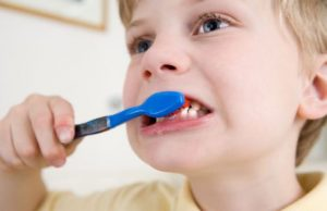 Как предотвратить кариес у ребенка
