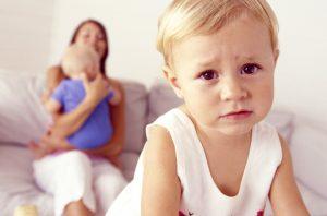 Детская ревность: 9 советов родителям
