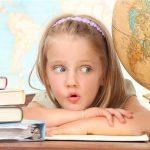 школа, учеба, ребенок, дети, девочка. глобус, география, урок, книги