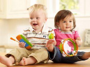 """Как снять агрессию у ребенка: игры для """"драчунов"""" и """"зубастиков"""""""