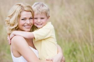 Советы родителям: как правильно хвалить детей