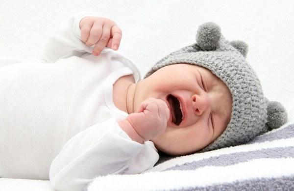 Лечение полости рта младенца от молочницы