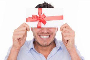 Какой подарок выбрать на 30-летие мужчины
