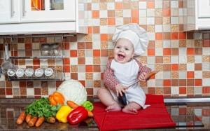 Советы родителям: ребенок на кухне