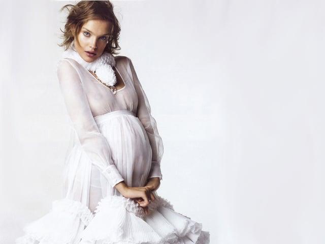 ТОП-5 обязательных вещей в летнем гардеробе беременной