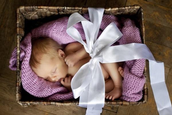Наряды для мамы и малыша для выписки из роддома