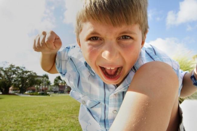 10 советов, как справиться с агрессией ребенка