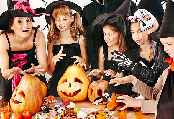 Детский Хэллоуин: игры, приглашения, угощения