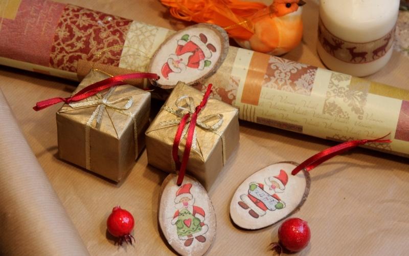 Новогодние поделки: украшения из дерева